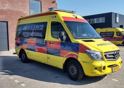 Belettering Auto Ambulance International Zijkant Voor Rechts